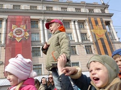 Они видят Парад Победы!